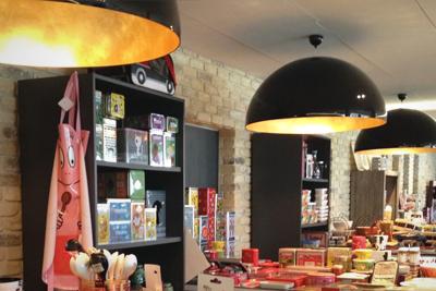 Lustres, suspensions & plafonniers - Appliques murales - Spots - Réglettes - Bandes LED