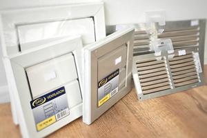 VMC (Ventilation Mécanique Contrôlée) - Aérateurs & extracteurs d'air - Grilles d'aération - Conduits & accessoires d'aération - Thermomètres - Mesure de la qualité de l'air