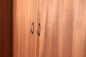 Portes de placard coulissantes - Portes de placard sur mesure - Cloisons amovibles - Rails & accessoires pour porte de placard