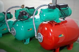 Pompes de drainage - Pompes inoxydables - Pompes multistades - Pompes de forage - Pompes immergées haute capacité - Pompes de relevage - Motopompes - Electropompes - Surpresseurs - Groupes de pression - Vide-caves